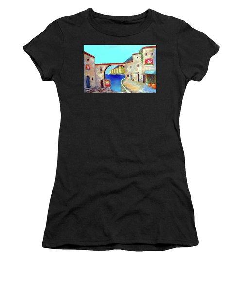 Piazza Del La Artista Women's T-Shirt