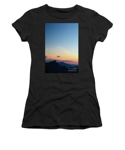Pilchuck Sunset Women's T-Shirt (Athletic Fit)