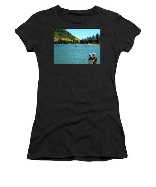 Pilot Bay Beach 5 - Mt Maunganui Tauranga New Zealand Women's T-Shirt (Athletic Fit)