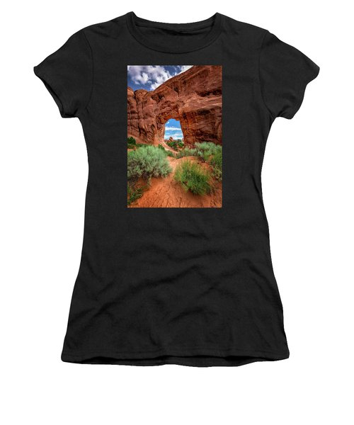 Pinetree Arch Women's T-Shirt