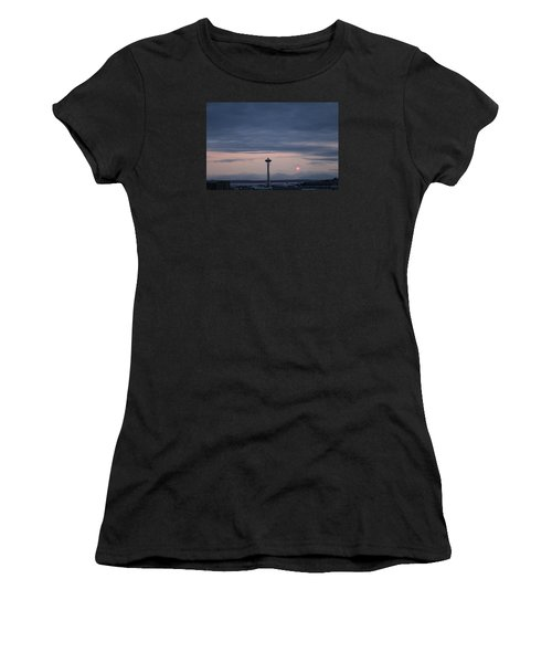 Pink Moon Setting Women's T-Shirt (Athletic Fit)