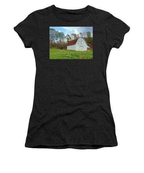 Pinson Farm Barn Women's T-Shirt