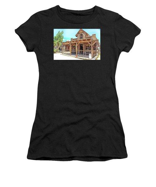 Pioneertown, Usa Women's T-Shirt