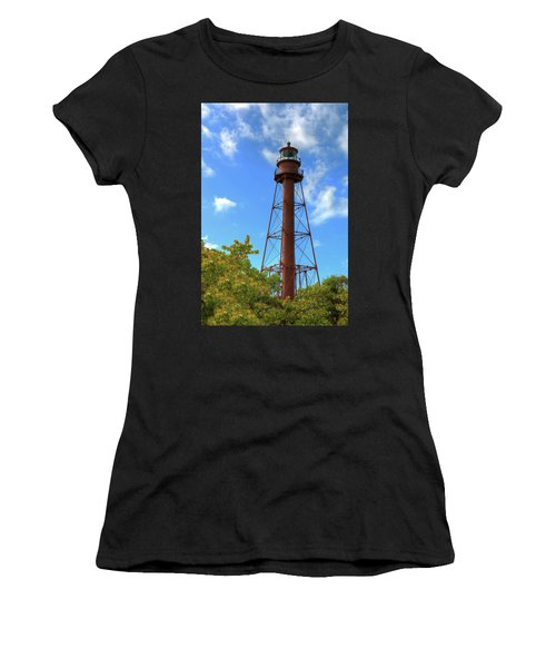 Point Ybel Lighthouse Women's T-Shirt (Athletic Fit)