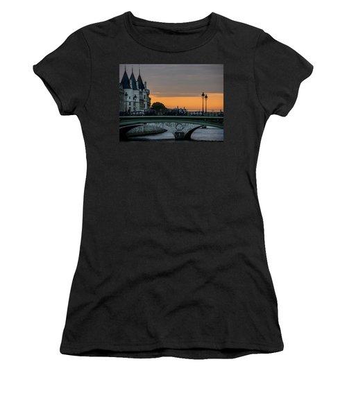 Pont Au Change Paris Sunset Women's T-Shirt (Athletic Fit)