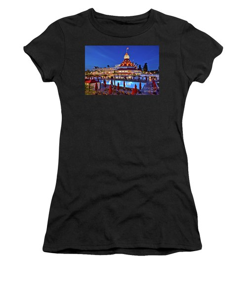Poolside At The Hotel Del Coronado  Women's T-Shirt