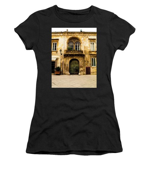 Porta 28 Women's T-Shirt (Athletic Fit)
