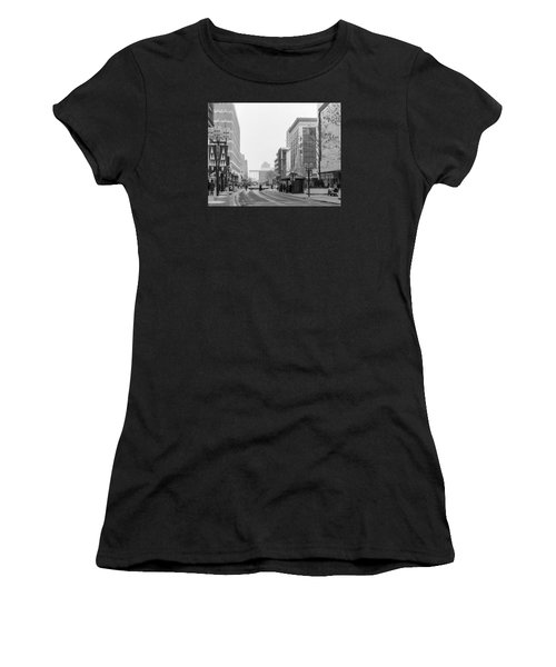 Women's T-Shirt featuring the photograph Powers Christmas Tree by Mike Evangelist