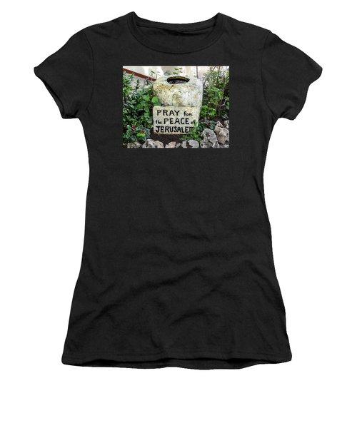 Pray For The Peace Of Jerusalem Women's T-Shirt