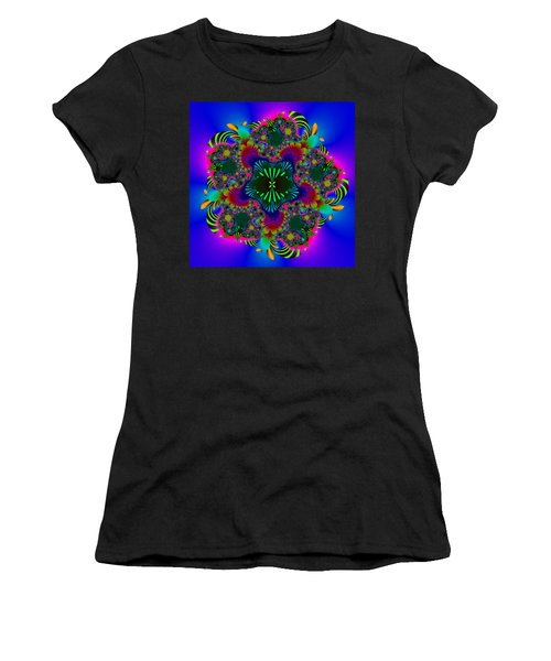 Prettering Women's T-Shirt