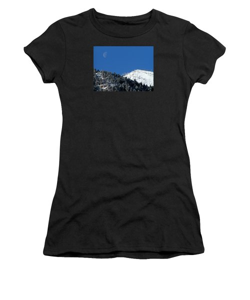 Pristine Winter Morning Women's T-Shirt (Athletic Fit)