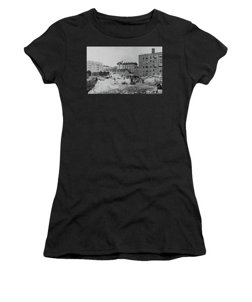 Ps 52  Women's T-Shirt