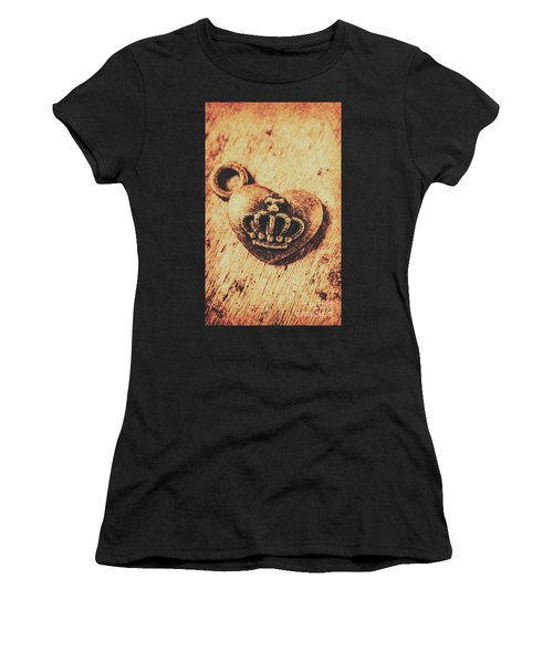 Queen Of Hearts Charm Women's T-Shirt