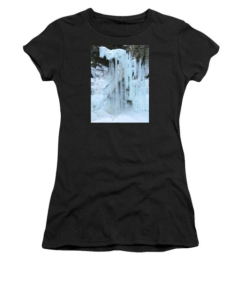 Queen's Throne Women's T-Shirt (Athletic Fit)