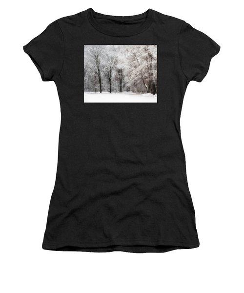 Quiet Winter  Women's T-Shirt
