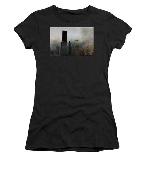 Rainy Day In Manhattan Women's T-Shirt