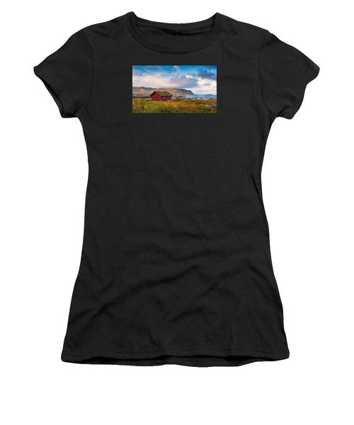 Ramberg Hut Women's T-Shirt (Athletic Fit)