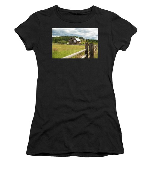 Ranch Fence And Barn With Hex Sign Women's T-Shirt (Athletic Fit)