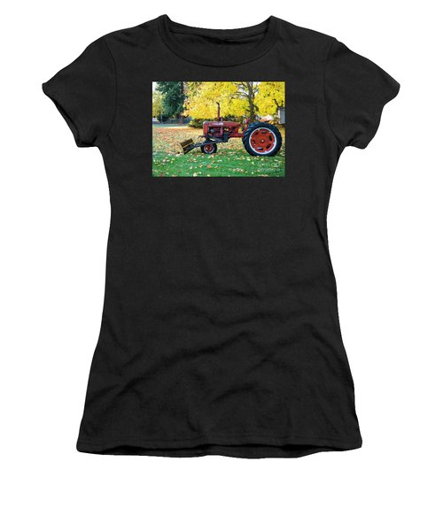 Red And Gold Women's T-Shirt (Athletic Fit)