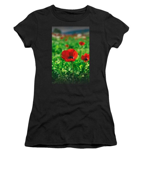 Red Anemone Coronaria T-shirt Women's T-Shirt (Athletic Fit)