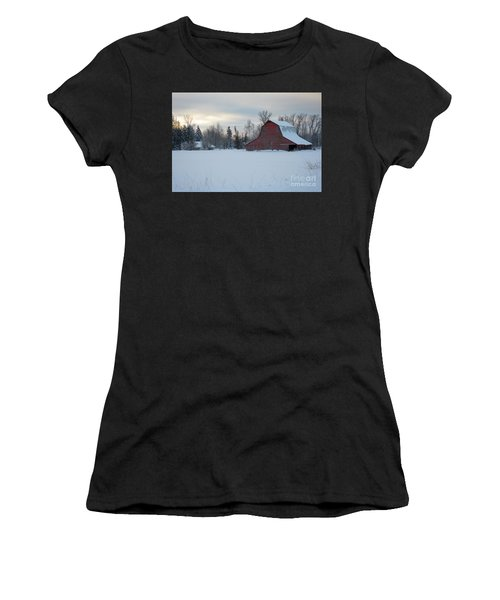 Red Barn At Dawn Women's T-Shirt