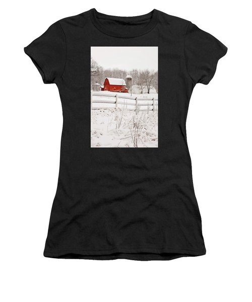 Red Barn In Winter Women's T-Shirt