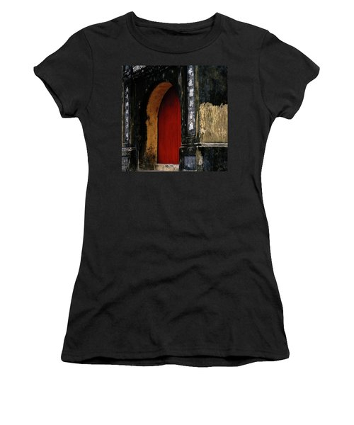 Red Doorway Women's T-Shirt (Athletic Fit)