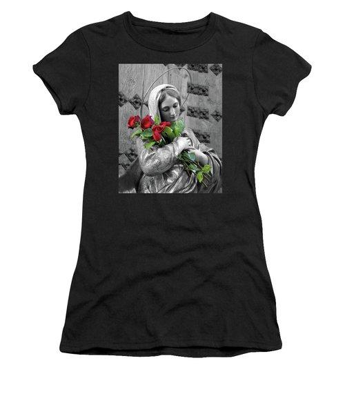 Red Roses Women's T-Shirt