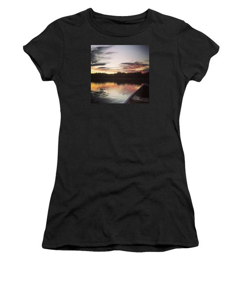 Red Spotted Sunset Women's T-Shirt (Athletic Fit)