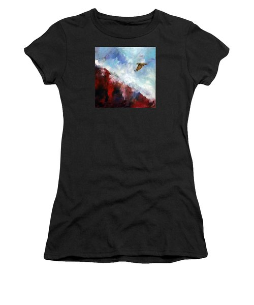 Red Tail Women's T-Shirt (Athletic Fit)