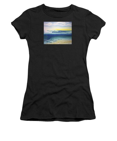 Reef Bowl Women's T-Shirt (Athletic Fit)