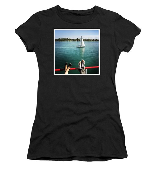 Relaxing Summer Boat Trip Women's T-Shirt (Athletic Fit)