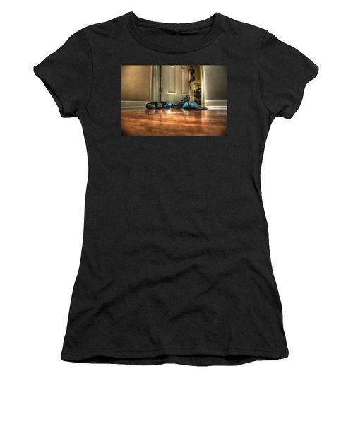 Rendezvous Do Not Disturb 05 Women's T-Shirt (Athletic Fit)
