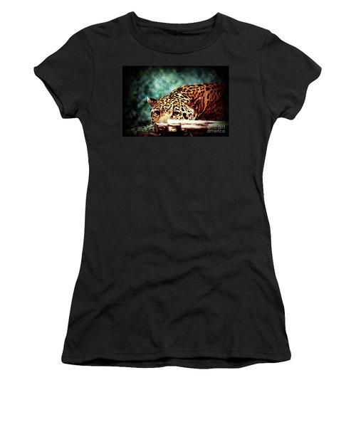 Resting Jaguar Women's T-Shirt (Athletic Fit)