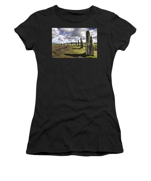 Ring Of Brodgar Women's T-Shirt (Athletic Fit)