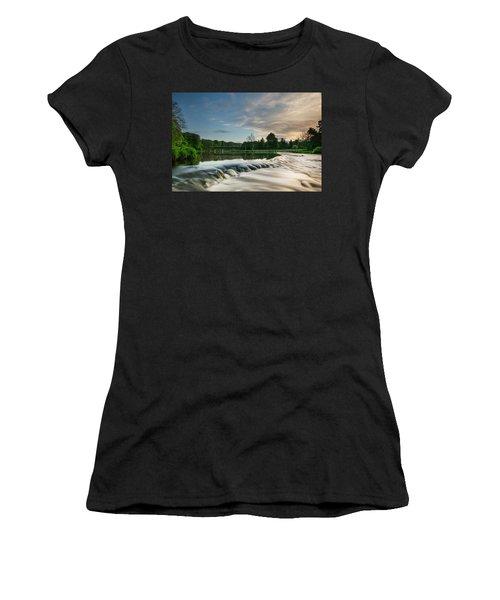 River Don - Aberdeen Women's T-Shirt (Athletic Fit)