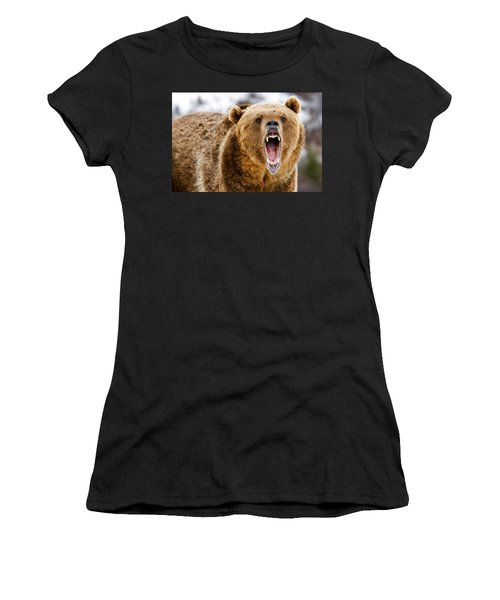 Roaring Grizzly Bear Women's T-Shirt