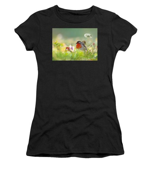 Robin Red Breast Women's T-Shirt (Athletic Fit)