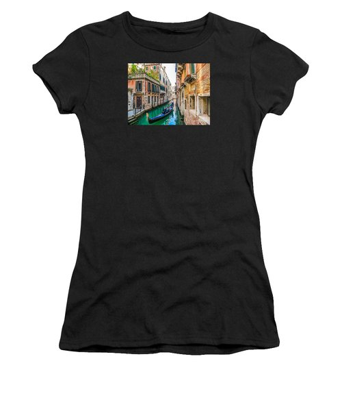 Romantic Gondola Scene On Canal In Venice Women's T-Shirt (Athletic Fit)