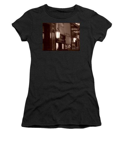 Romantica Parigi Women's T-Shirt (Athletic Fit)