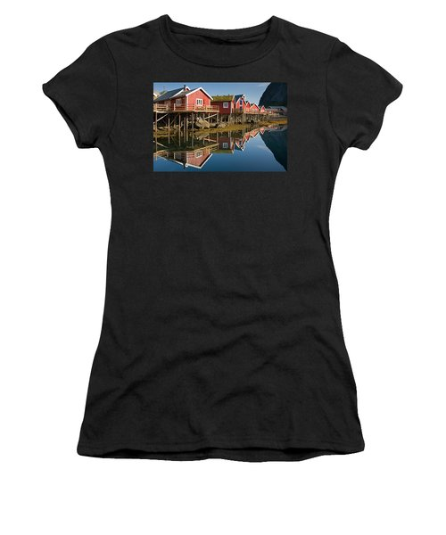 Rorbus With Reflections Women's T-Shirt