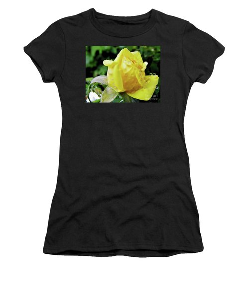 Rose Bud Dew Drops Women's T-Shirt