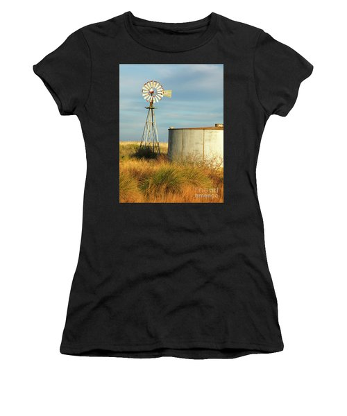 Rust Find Its Place Women's T-Shirt (Athletic Fit)