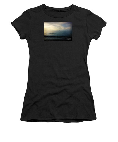 Sailing Cedar Women's T-Shirt (Athletic Fit)