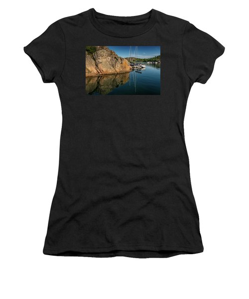 Sailing In Sweden Women's T-Shirt (Athletic Fit)