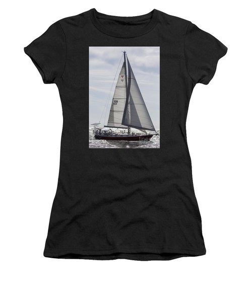 Saling Yacht Valkyrie Charleston Sc Women's T-Shirt