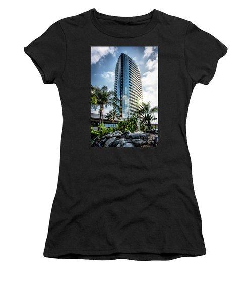 San Diego Marriott Marquis Women's T-Shirt (Athletic Fit)