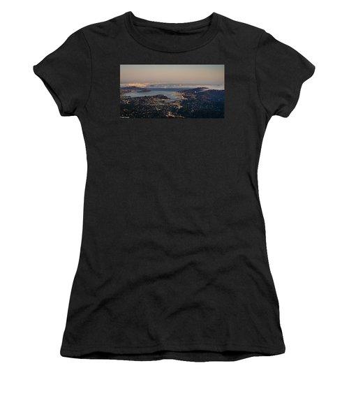 San Francisco Bay Area Women's T-Shirt (Athletic Fit)