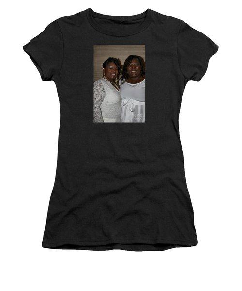 Sanderson - 4543 Women's T-Shirt (Athletic Fit)