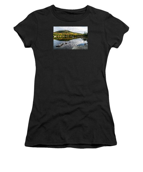 Reflection Sandy Stream Pond Me. Women's T-Shirt (Athletic Fit)